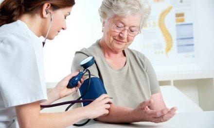 Huyết áp bình thường của người già bao nhiêu? Cách đo huyết áp?