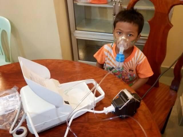 Máy xông khí dung được dùng trị các bệnh về ho háp hiệu quả.
