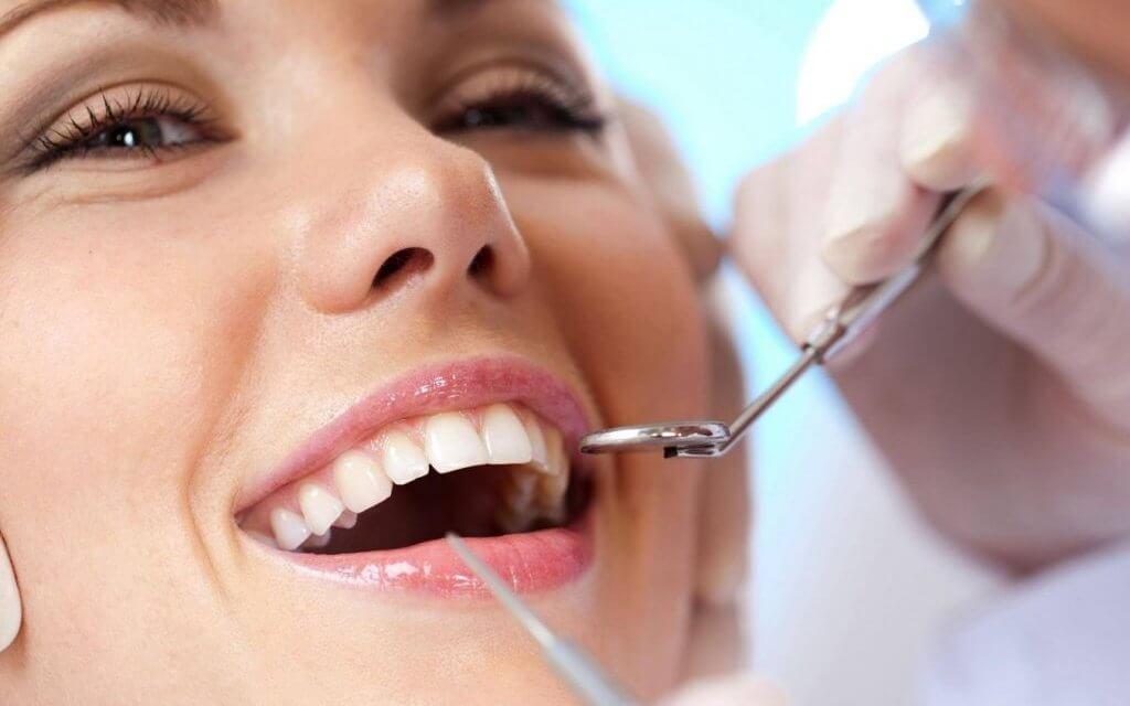 Mẹo chữa viêm chân răng tại nhà